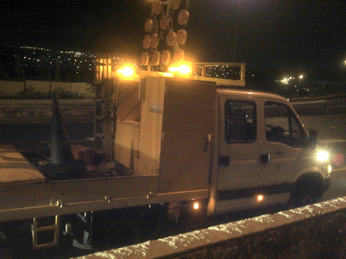 עיריית ירושלים ניידת לטיפול במפגעים